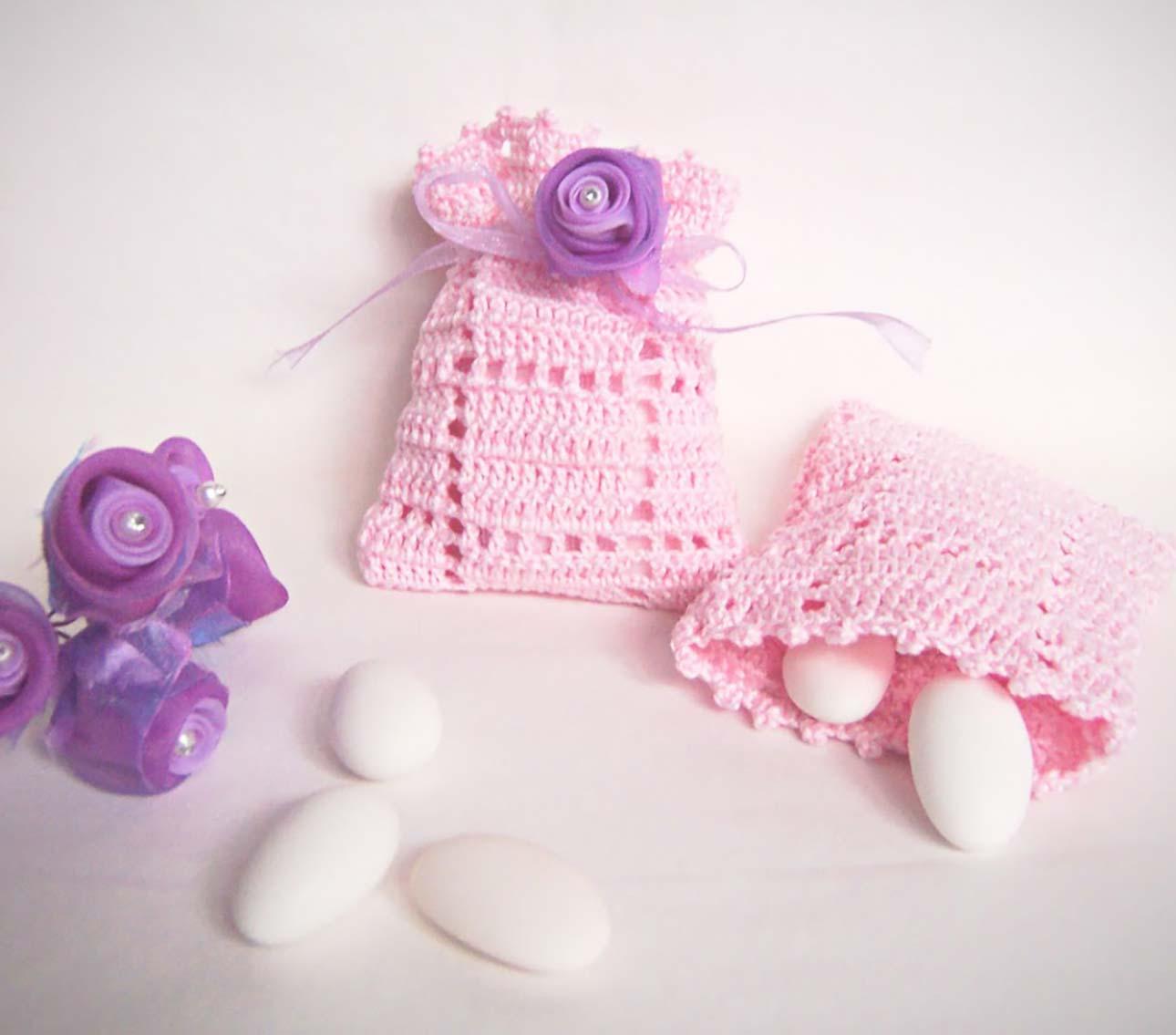 bomboniere sacchetti uncinetto rosa battesimo bimba