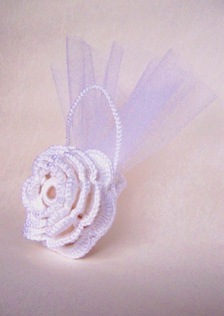 segnaposto matrimonio tema fiori sacchetti portaconfetti